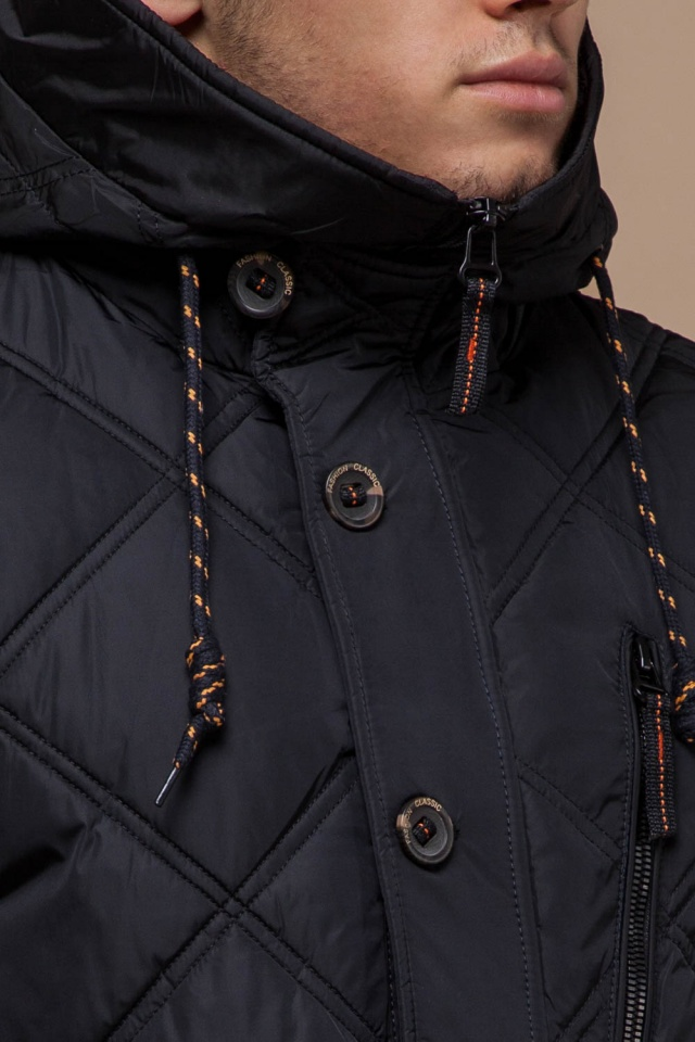 Черная мужская зимняя куртка с капюшоном модель 12481