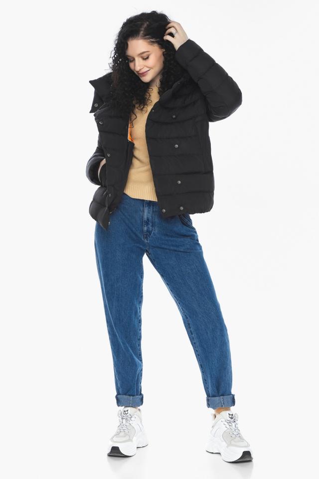 Куртка с прямым укороченным силуэтом для девушки чёрная модель 22150 Youth фото 3