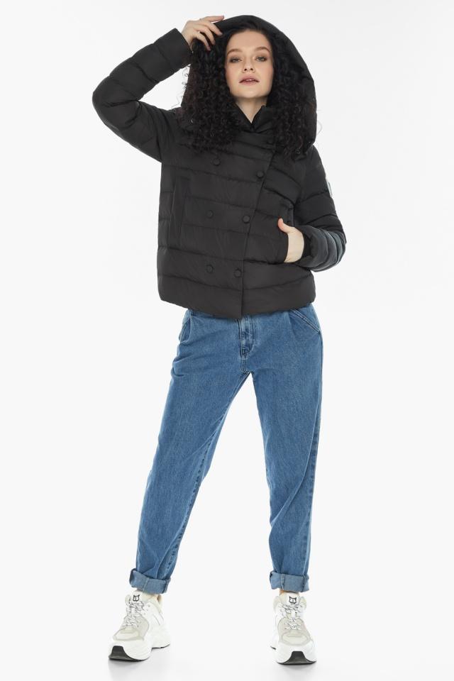 Куртка с прямым укороченным силуэтом для девушки чёрная модель 22150 Youth фото 2