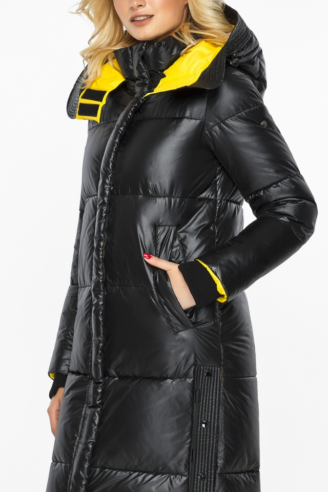 """Куртка прямого фасона черная женская теплая модель 42650 Braggart """"Angel's Fluff"""" фото 9"""